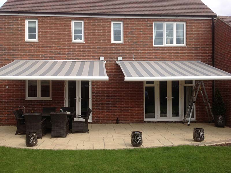 Double Awnings With Lights1